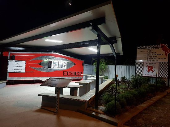 Red Rocket Diner - Tourism Caloundra