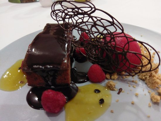 The Maze Modern Dining - Tourism Caloundra
