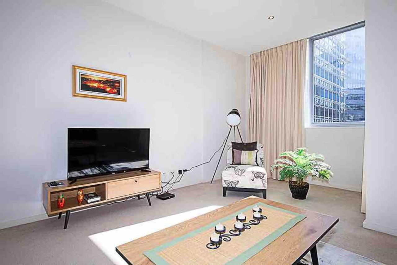 Spacious 1BR Stylish New Acton Apartment Parking - Tourism Caloundra
