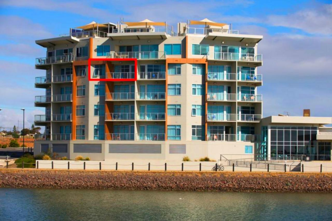 Wallaroo Marina Luxury Apartment - Tourism Caloundra