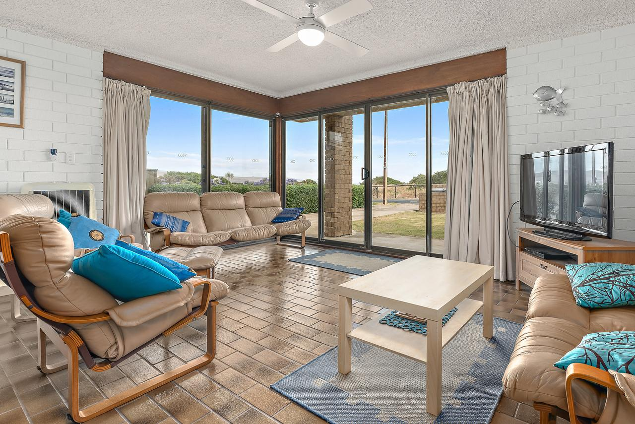 Sun  Surf Aldinga Beach Apartment - Tourism Caloundra