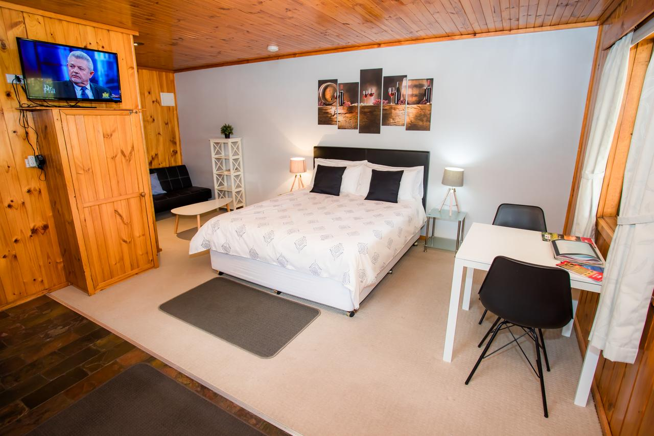 Seppelts View Cabins - Tourism Caloundra