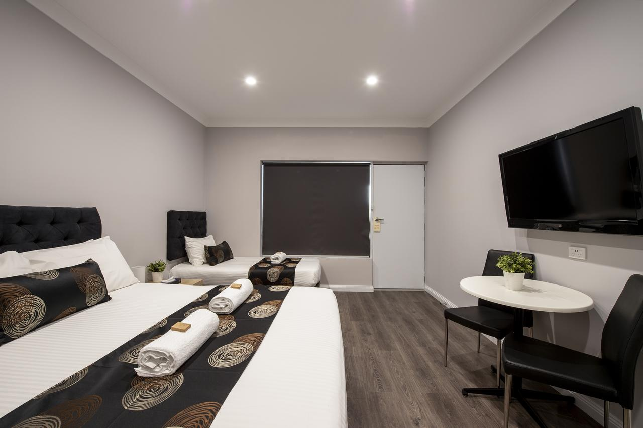 City Centre Motel Hotel - Tourism Caloundra