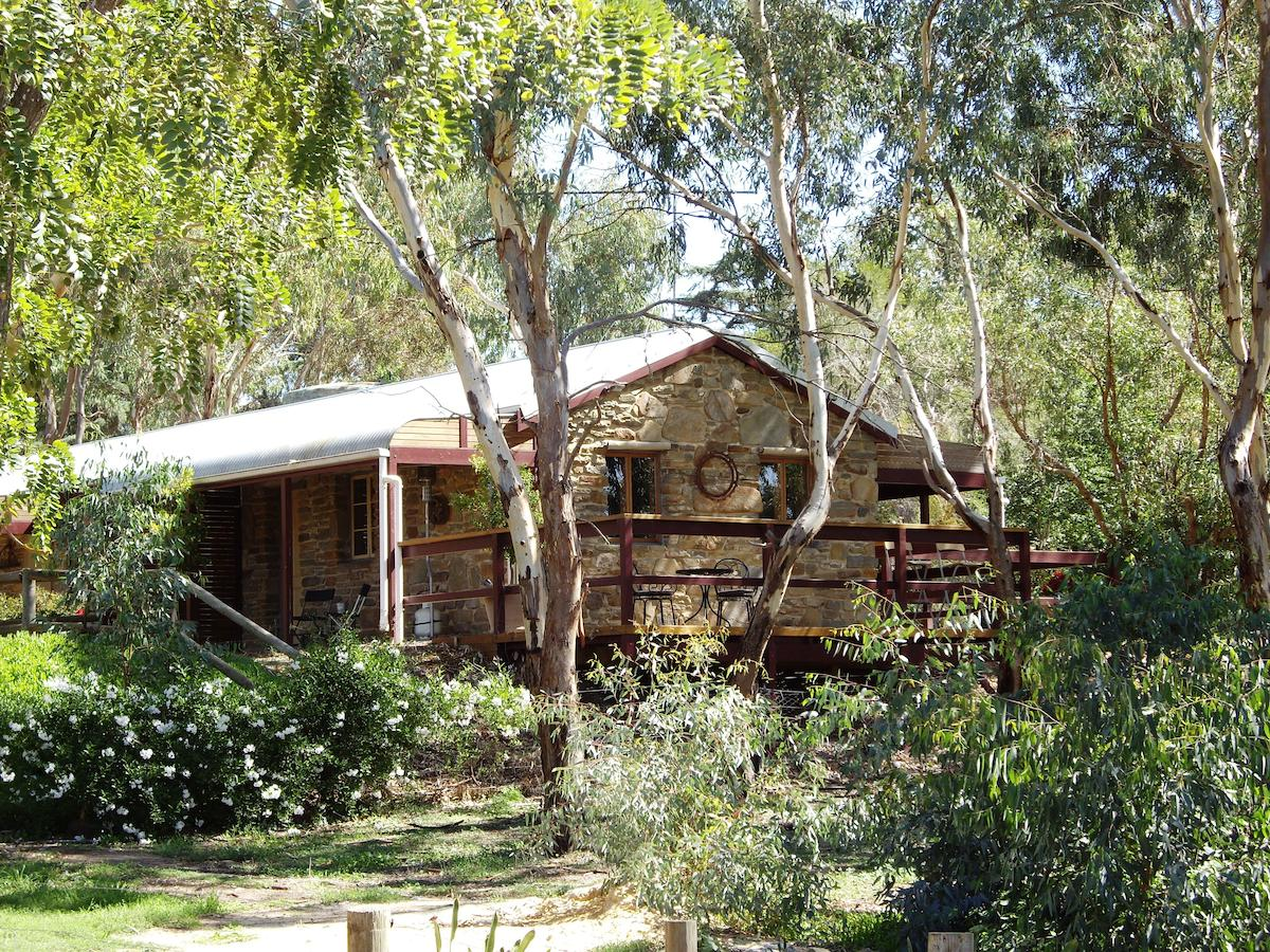 1860 Wine Country Cottages - Tourism Caloundra
