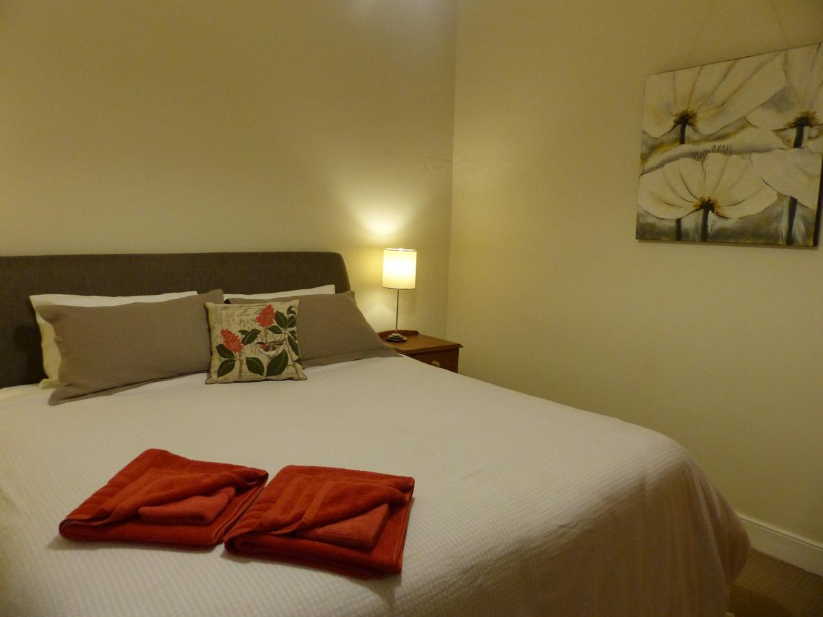Andy's Accommodation - Tourism Caloundra