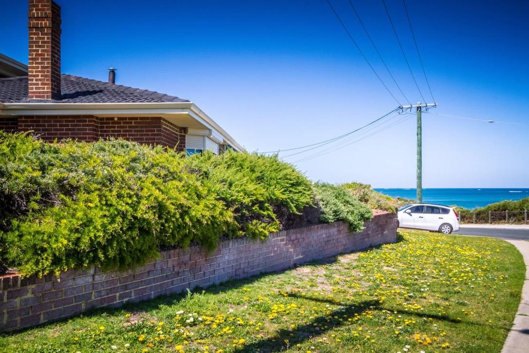 Yanchep Beach Retreat - Tourism Caloundra