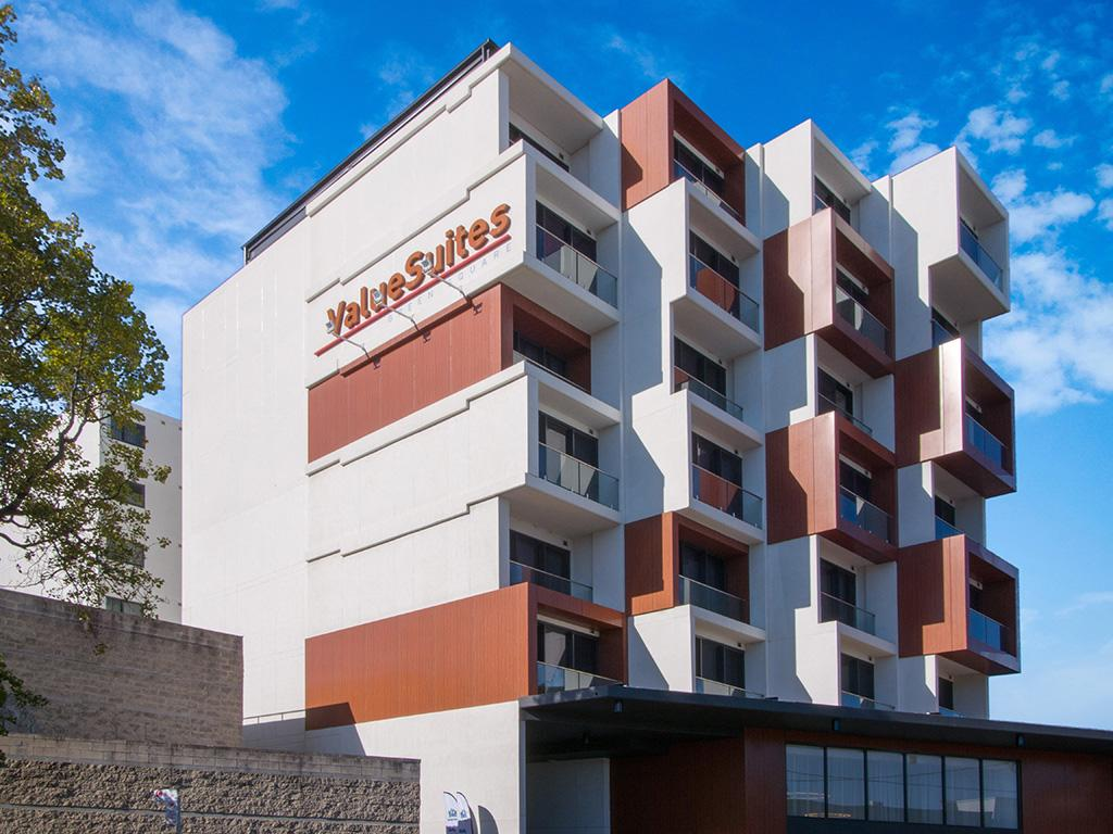 Value Suites Green Square - Tourism Caloundra