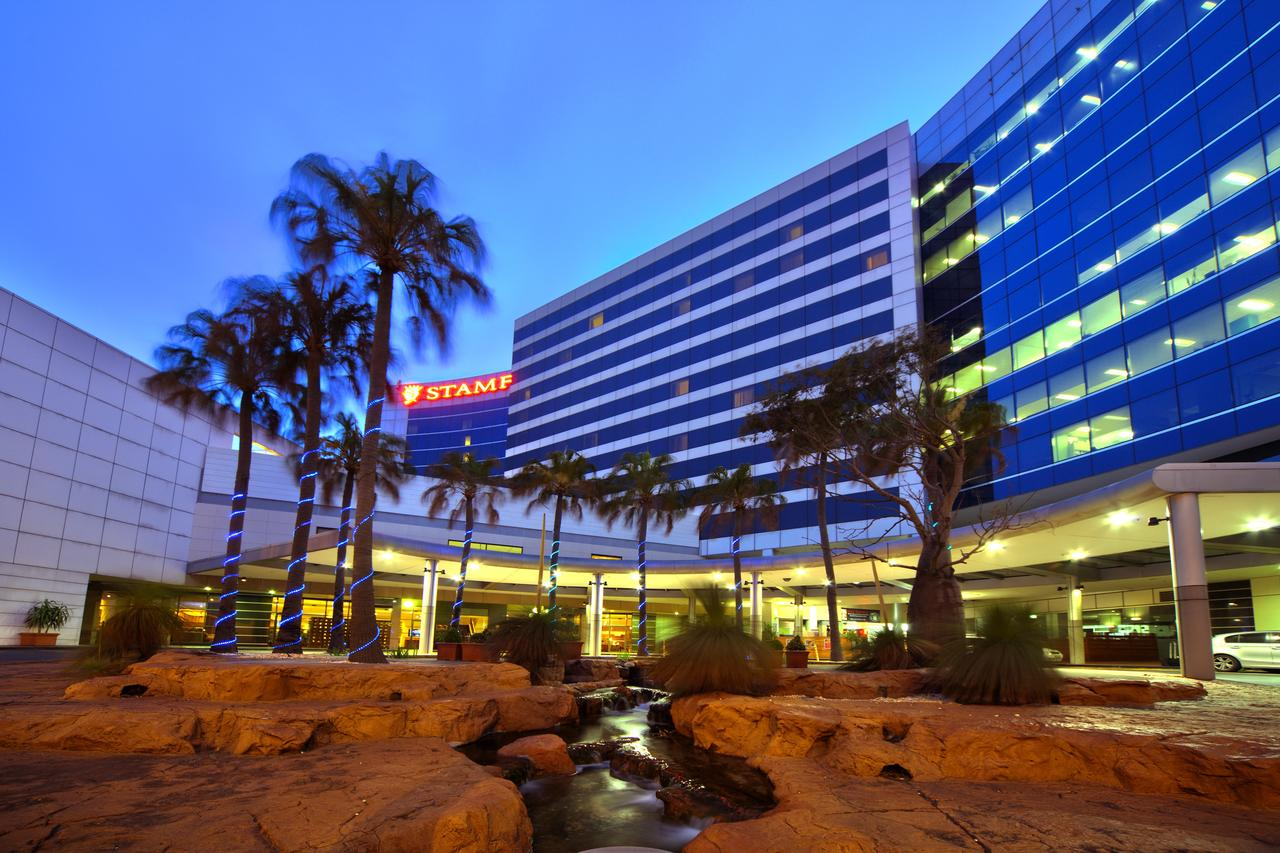 Stamford Plaza Sydney Airport Hotel  Conference Centre - Tourism Caloundra