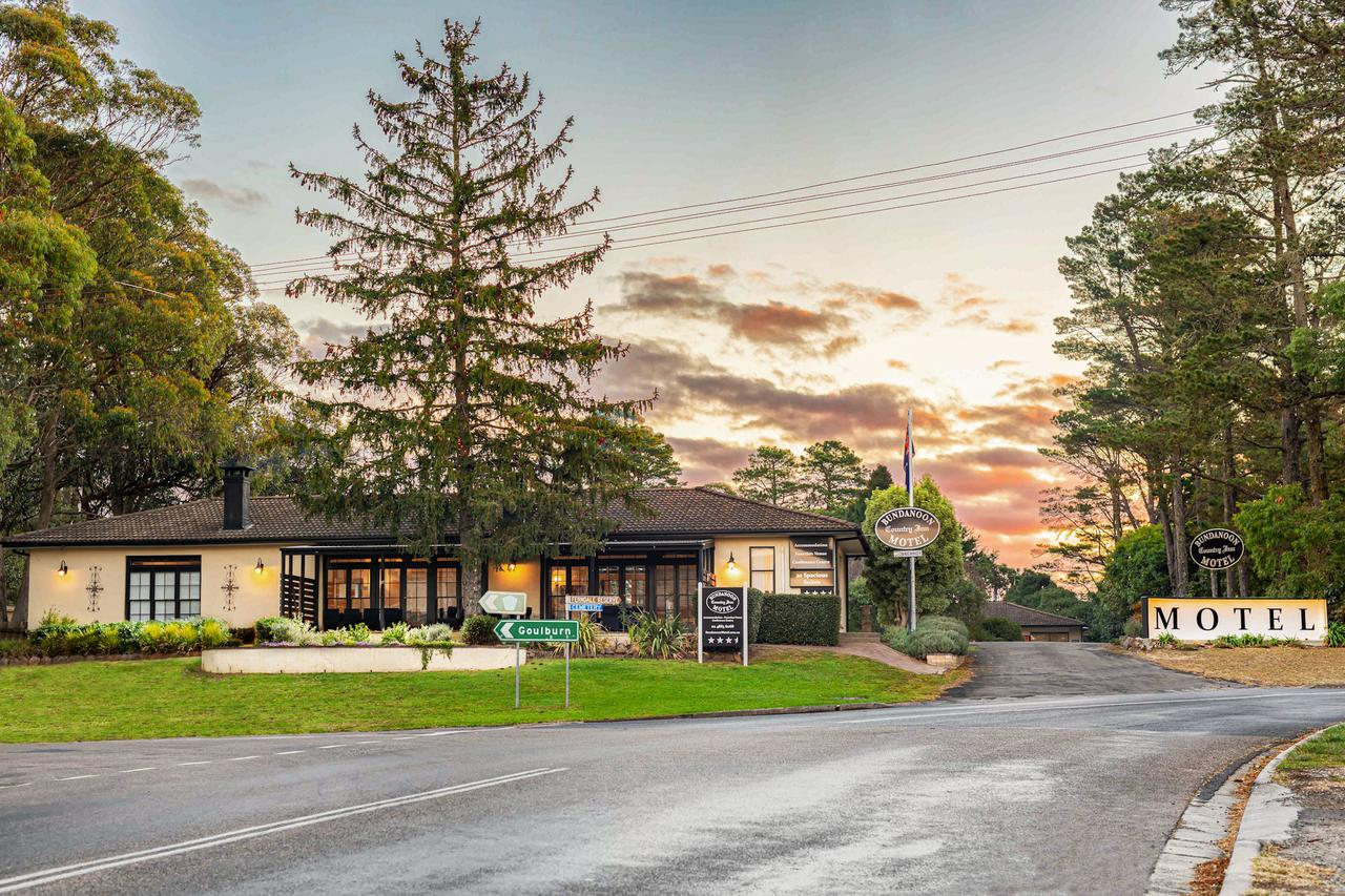 Bundanoon Country Inn Motel - Tourism Caloundra