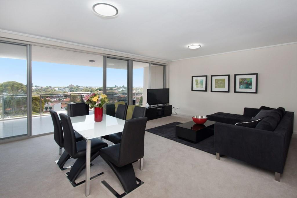 The Junction Palais - Modern and Spacious 2BR Bondi Junction Apartment Close to Everything - Tourism Caloundra