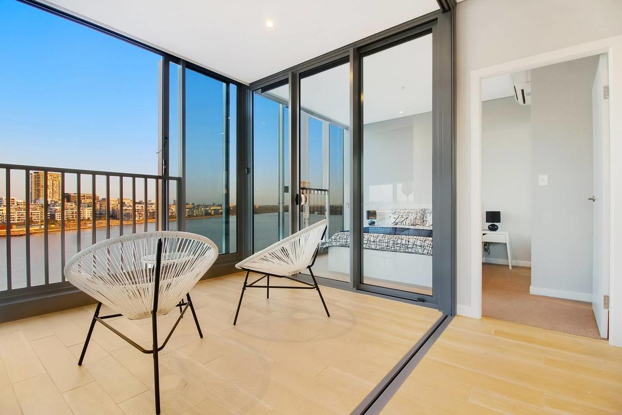 Brand New 3 Bedrooms Apt with Waterfront View - Tourism Caloundra
