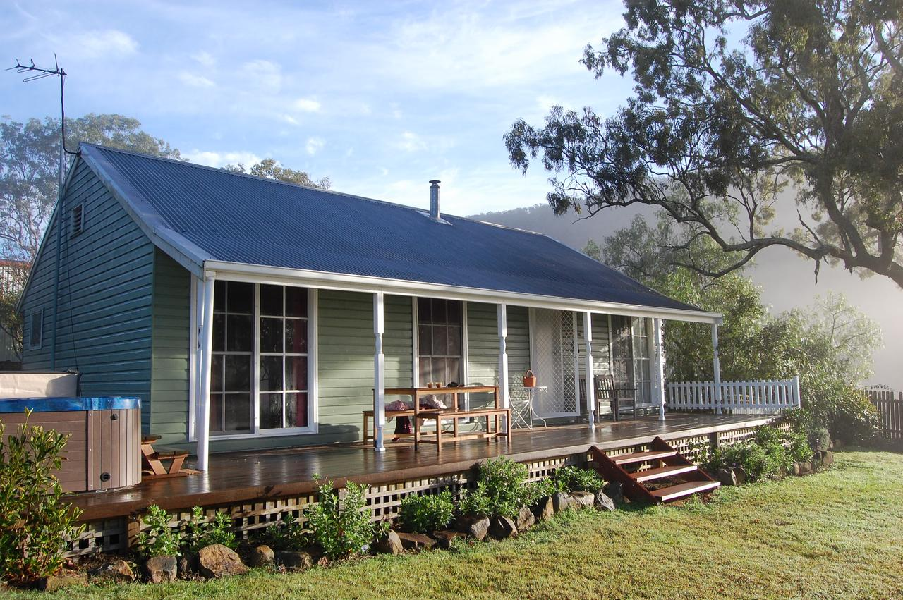 Cadair Cottages - Tourism Caloundra