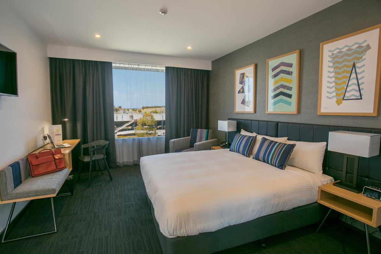 Alpha Hotel Eastern Creek - Tourism Caloundra
