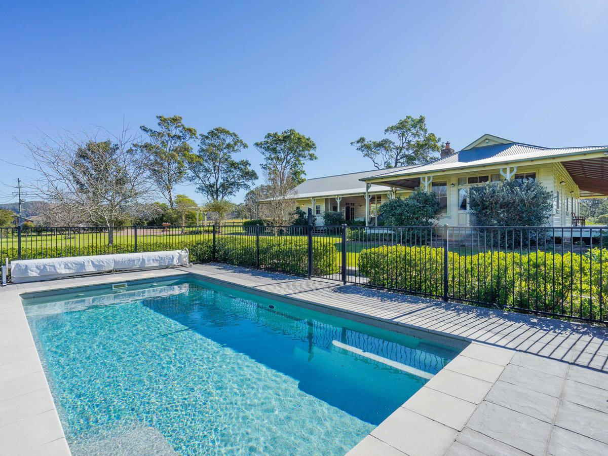 Roscrea Homestead - Luxury Retreat - Tourism Caloundra