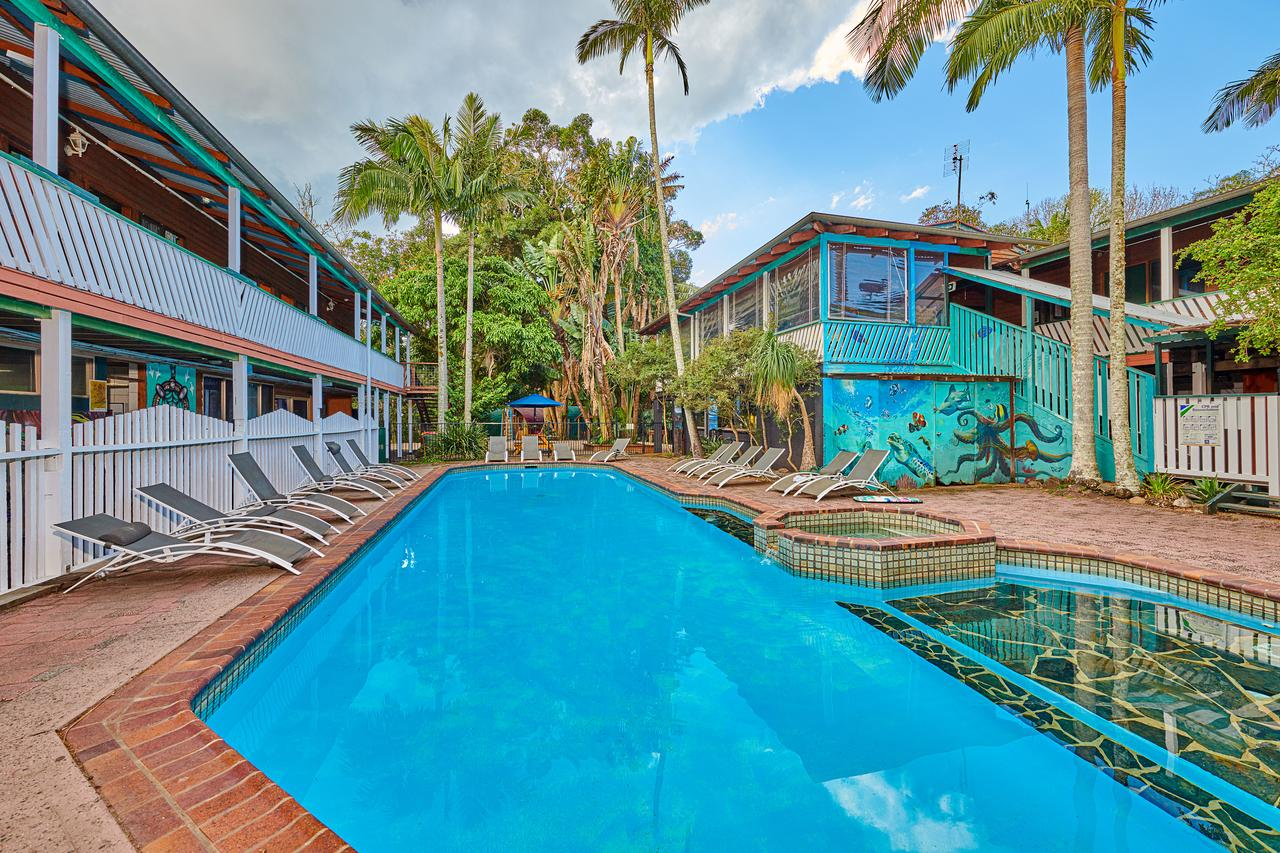 Arts Factory Lodge - Tourism Caloundra