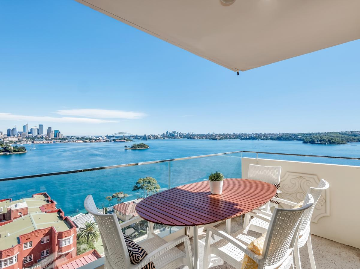 Panoramic harbour views and unbeatable comfort - Tourism Caloundra