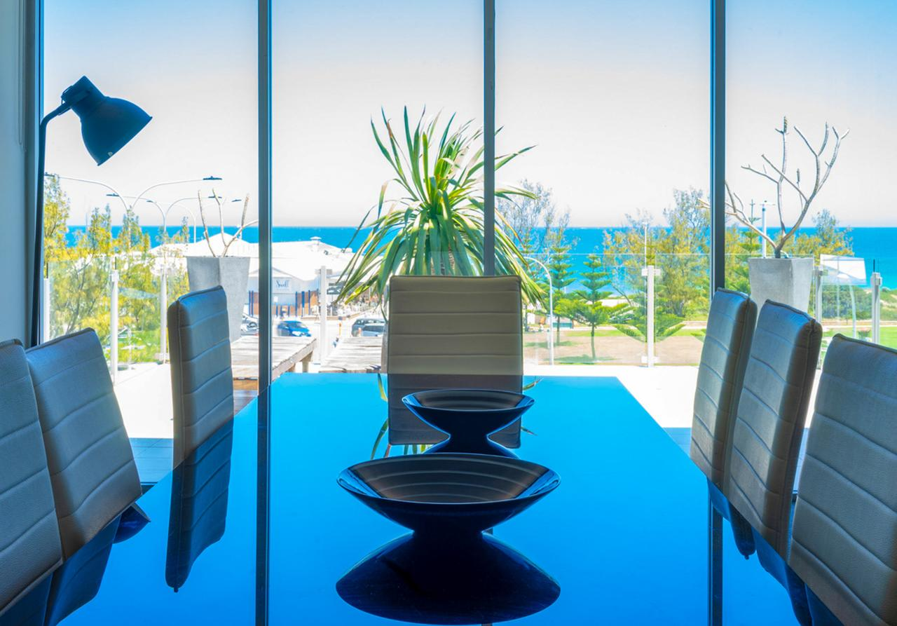 Mullaloo Beach Hotels  Apartments - Tourism Caloundra