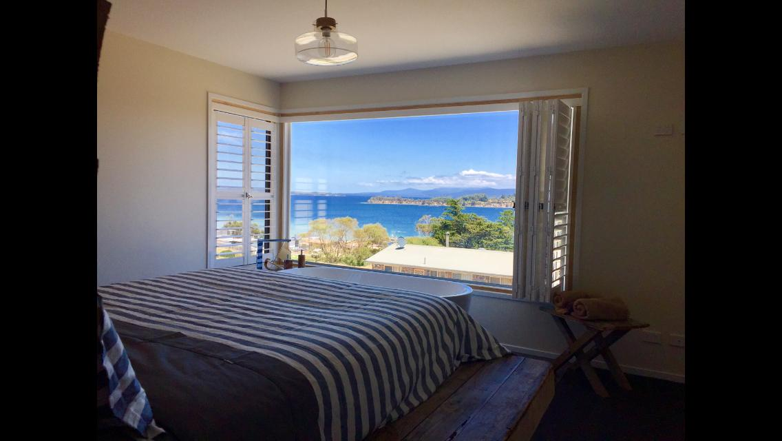 Couples getaway on Bruny Island - Tourism Caloundra