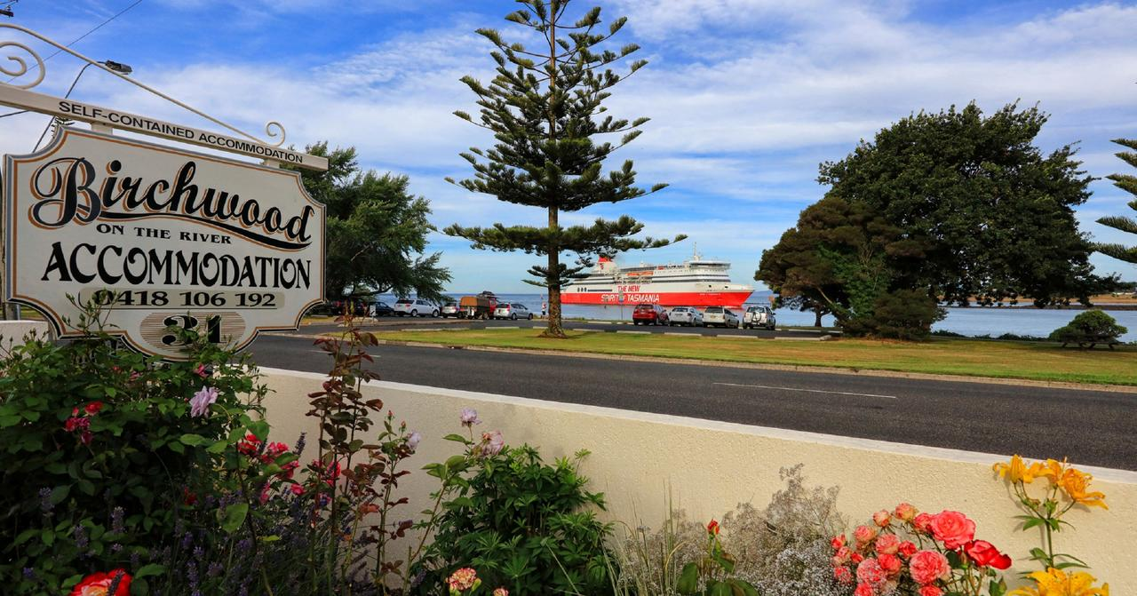 Birchwood Devonport self-contained self catering accommodation - Tourism Caloundra