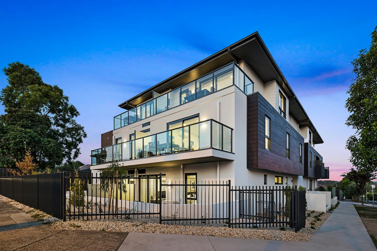Manhattan Apartments - Notting Hill - Tourism Caloundra