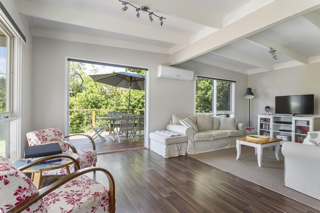Blairgowrie Bella - light filled home with great deck - Tourism Caloundra