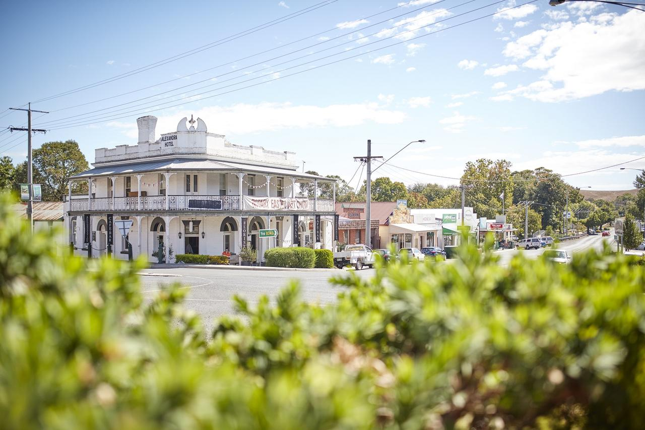 The Alexandra Hotel - Tourism Caloundra