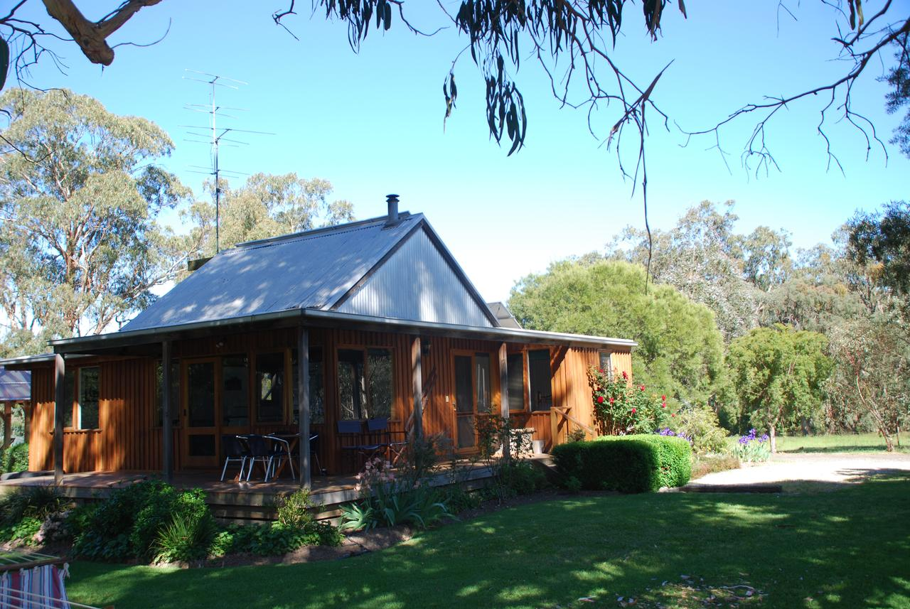 Bluegum Ridge Cottages - Tourism Caloundra