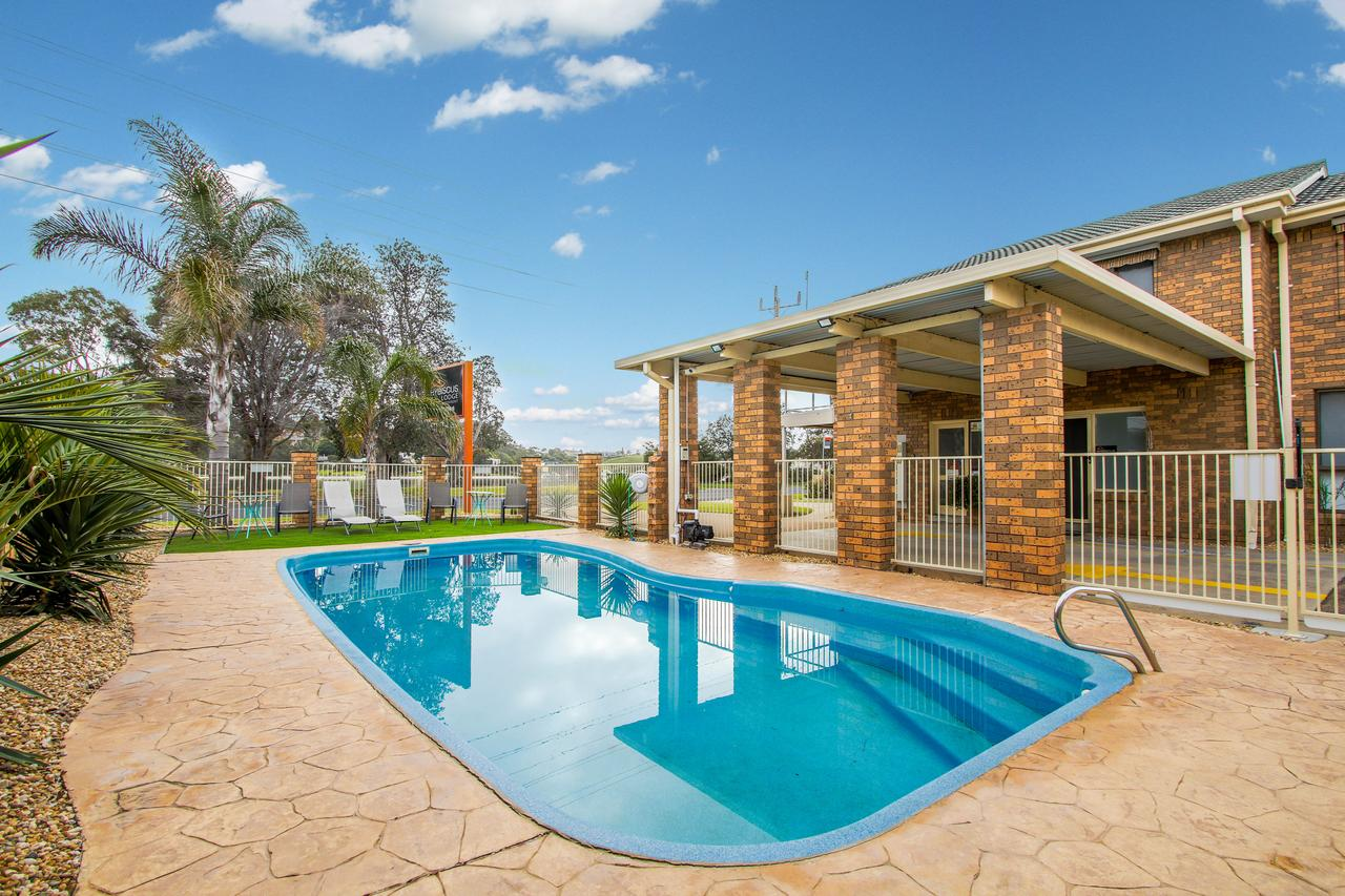 Hybiscus Waterfront Apartments - Tourism Caloundra