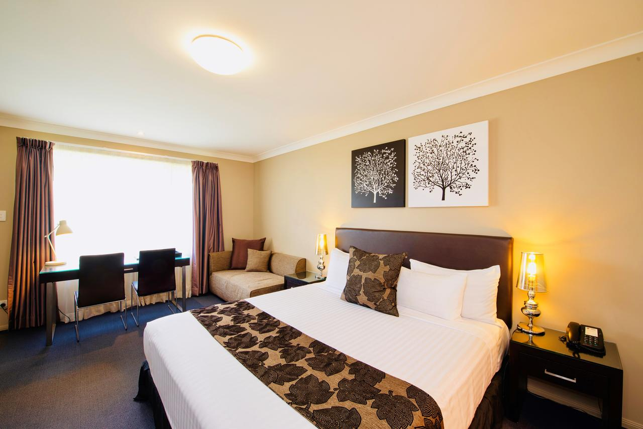Best Western Plus Ambassador On Ruthven Motor Inn - Tourism Caloundra