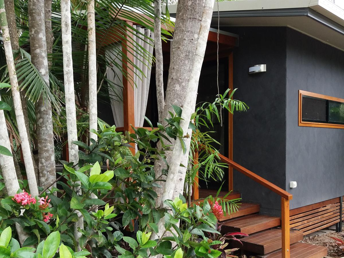 Forest Lodge Little Villa - Tourism Caloundra