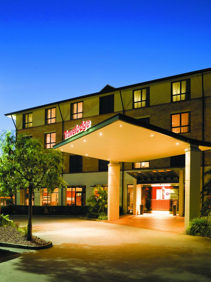 Travelodge Hotel Garden City Brisbane - Tourism Caloundra